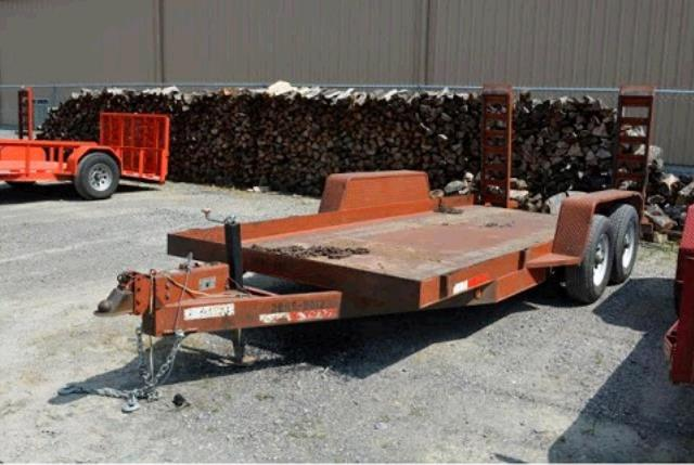 Where to find TRAILER UTILITY  16  DOUBLE-AXLE in Sikeston